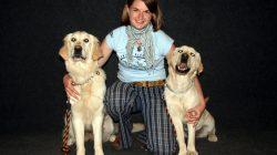"""Rozhovor: """"Vodicí pes je jeden z nejšťastnějších psů vůbec,"""" říká dlouholetá cvičitelka. Výcvik stojí cca 250 tisíc korun."""
